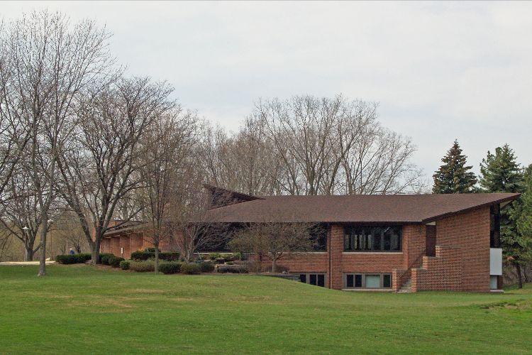 Prayers for Churches: Eastminister Presbyterian Church of East Lansing